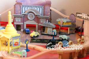 Carsland Table